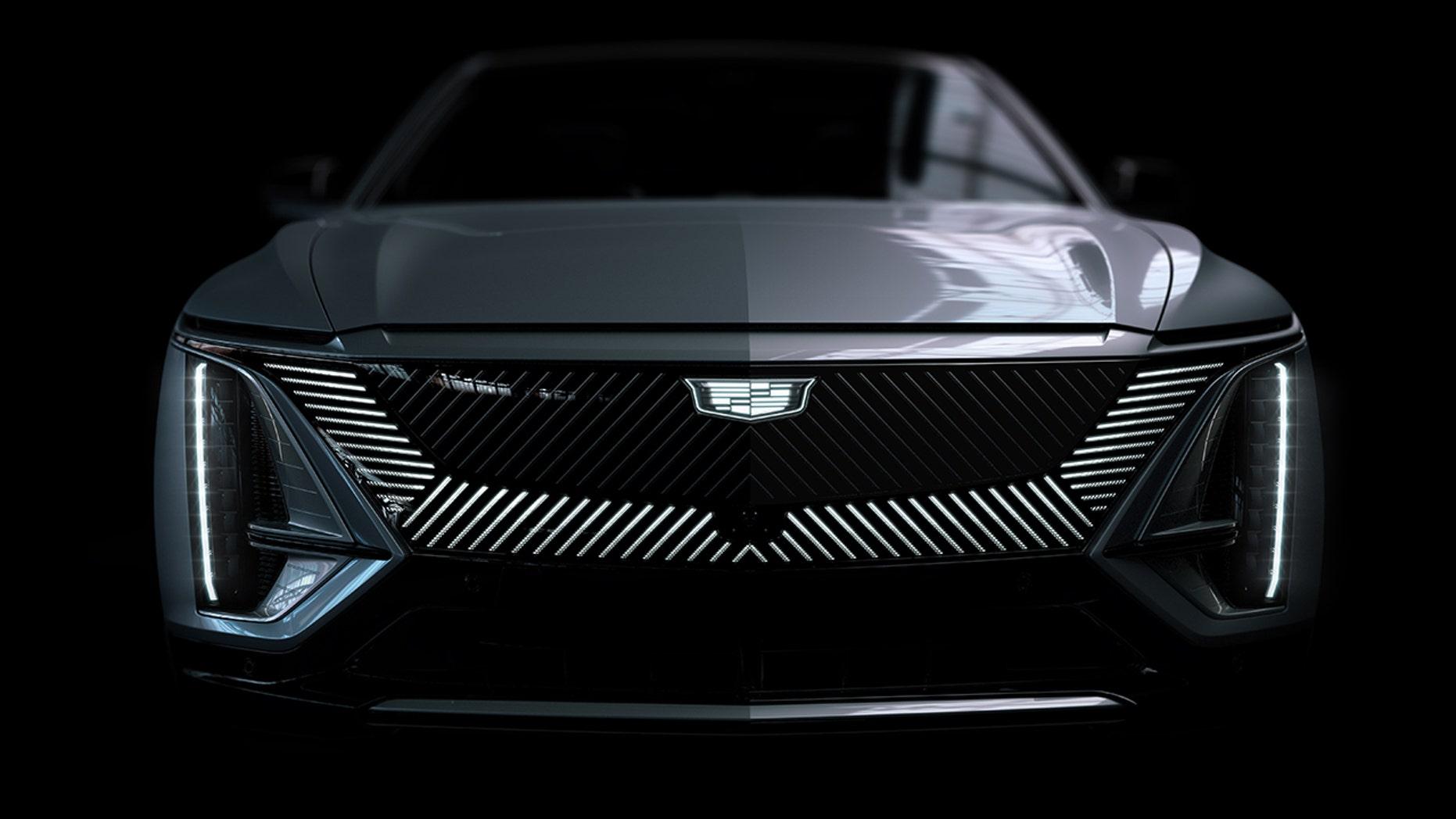 Lyriq akan meluncurkan lencana baru Cadillac monokromatik. (Cadillac)
